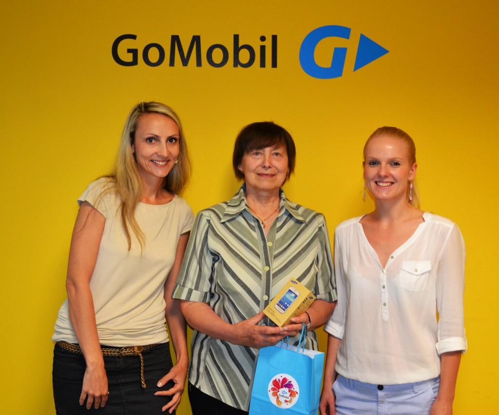 Zákaznice vyhrála v soutěži s GoMobil telefon Samsung
